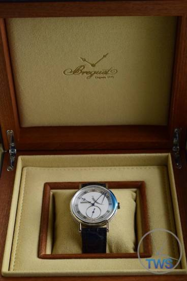 Breguet Classique 5277- Unboxing Review [5277bb-12-9v6] Sitting in supplied presentation box