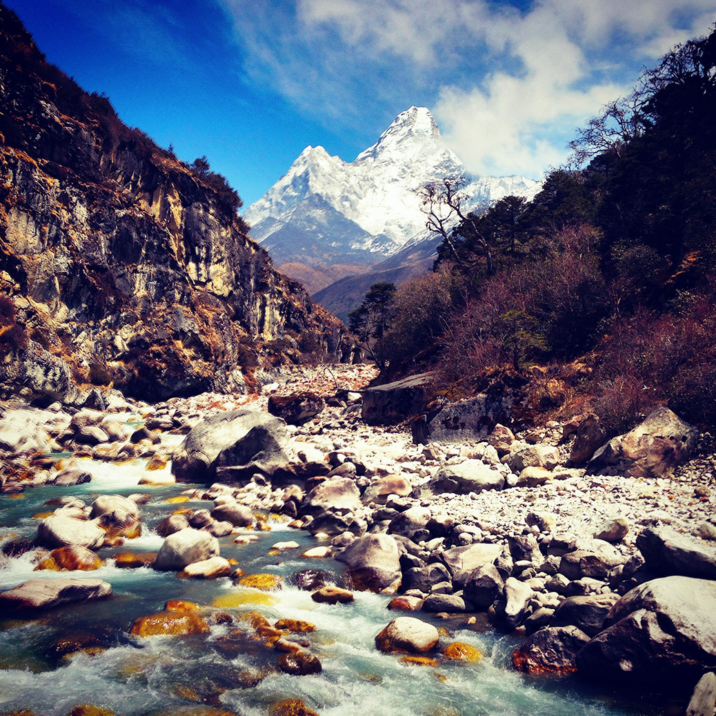 view ama dablam from milk river everest base camp trek