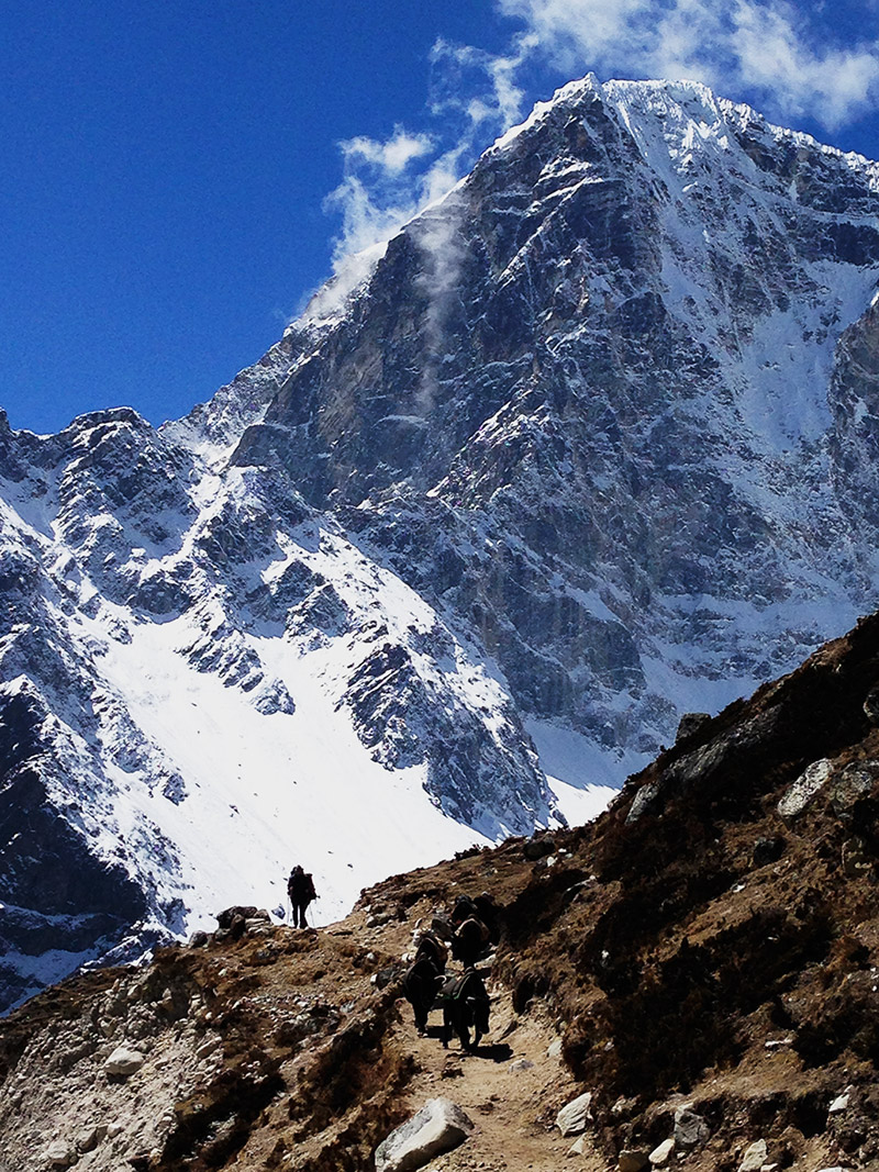 everest base camp trek mountain trekker scale landscape photography