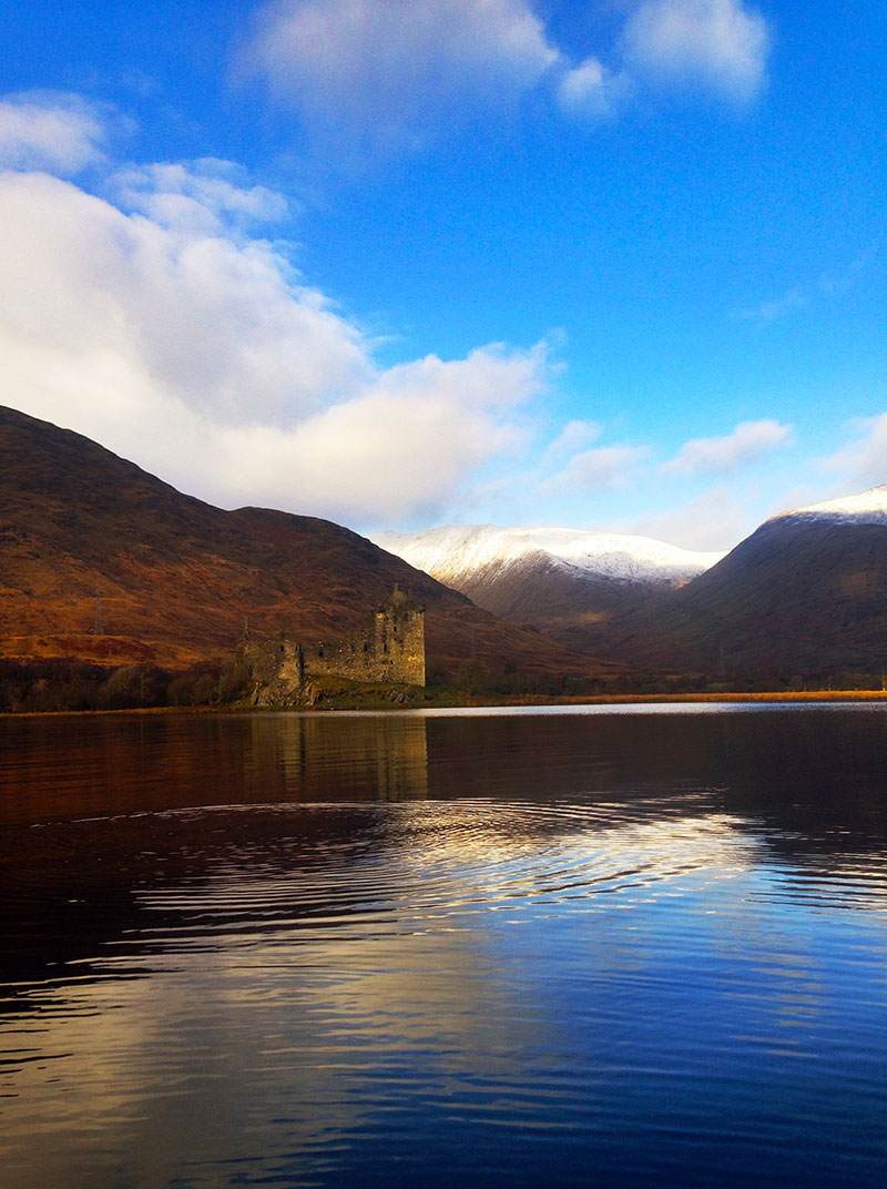 scotland-photo-diary-floating-castle-loch