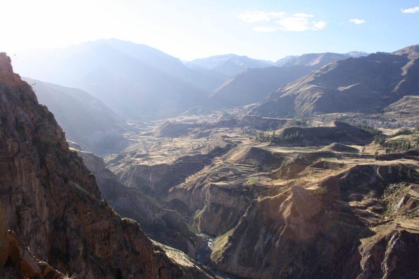 colca canyon hiking