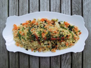 Pasta, couscous with apricots, currants and pistachios 1