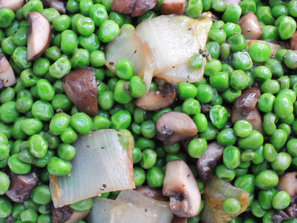 Vegetables, peas, braised petits pois with endive and mushrooms 2