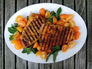 Fish, swordfish, pan-grilled swordfish steaks with Indian spices and yellow tomatoes 1