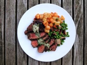 Beef, pan-seared filets mignon au poivre 1