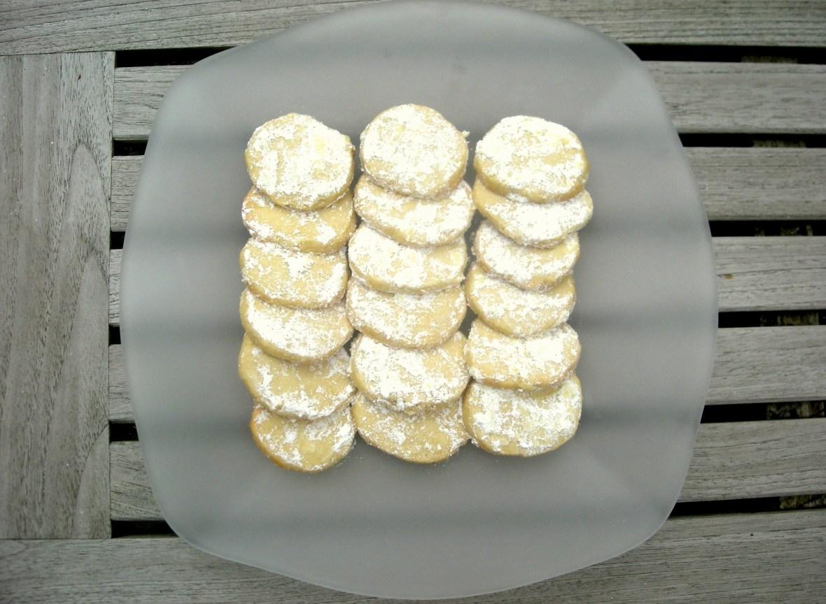Desserts, cookies, kourambiedes (Greek shortbread cookies) 1