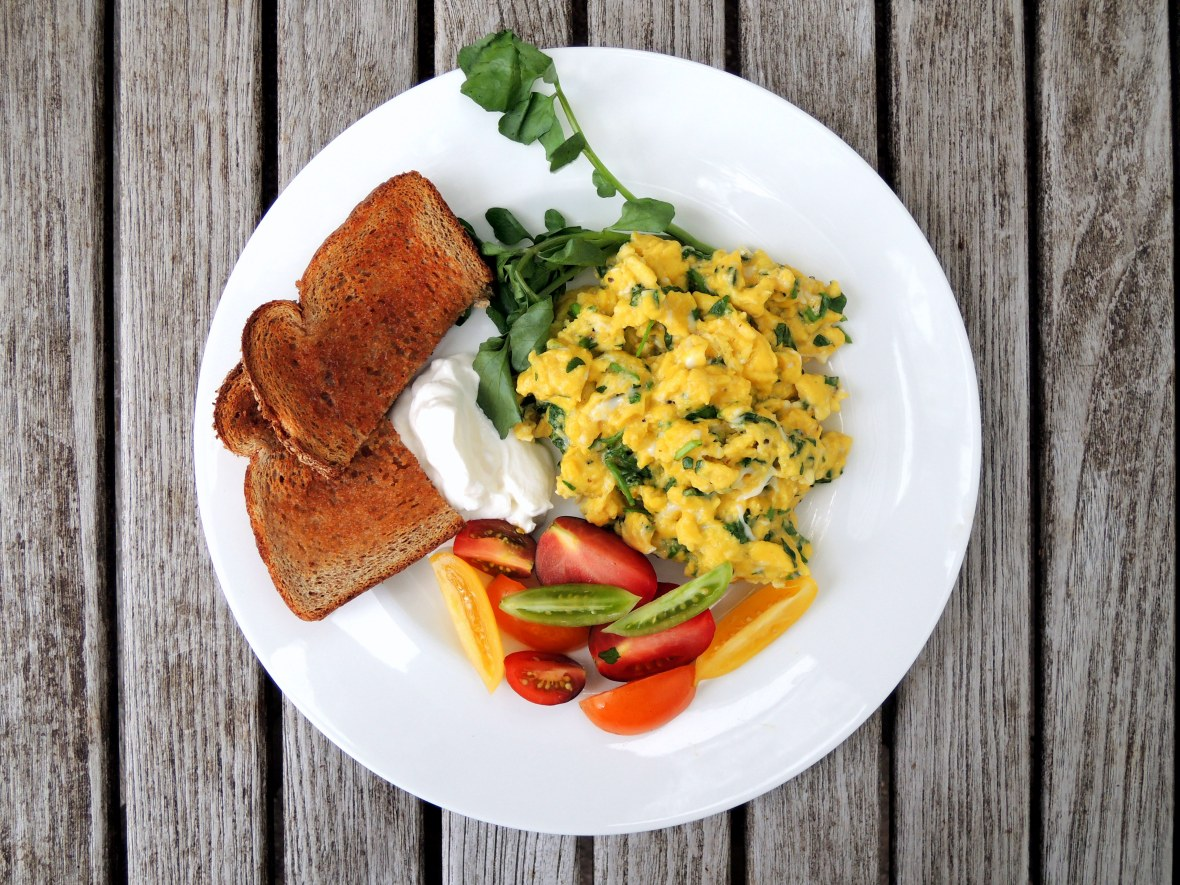 eggs-scrambled-with-watercress-1