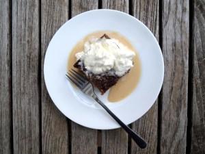 desserts-puddings-sticky-toffee-pudding-3