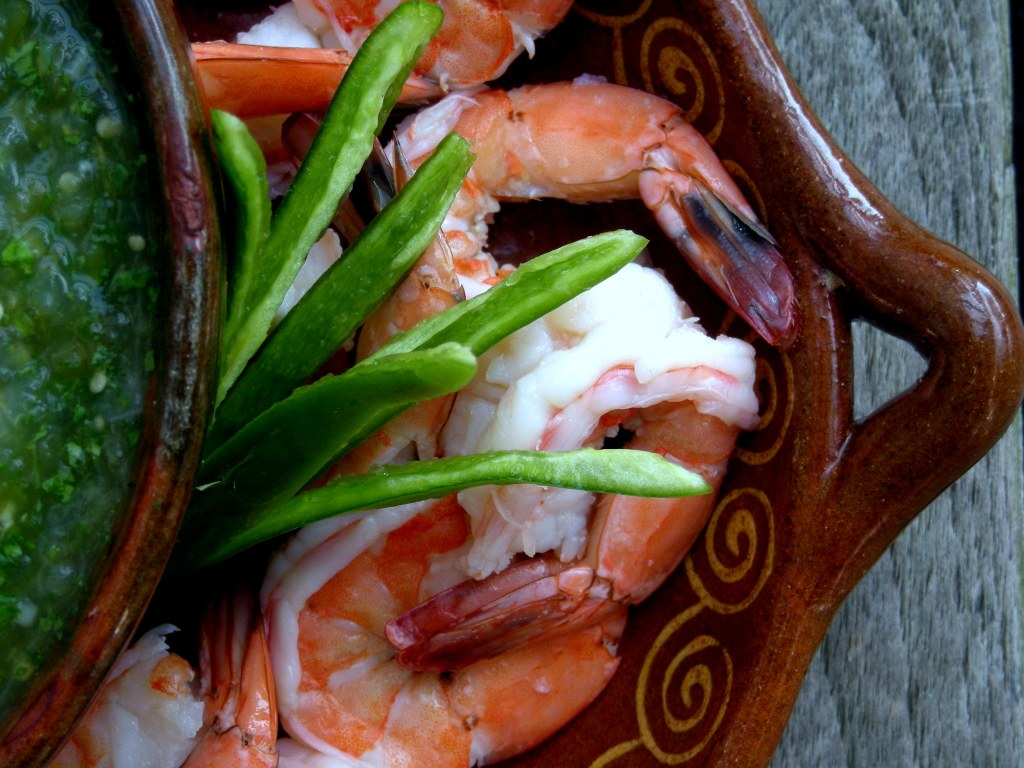 Appetizers, shrimp, boiled, prawn cocktail with salsa de tomate verde 2 (2)