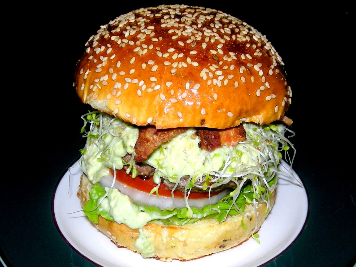 Burgers, beef burgers with avocado, bacon,lettuce, onion and tomato (San Francisco burger) 1