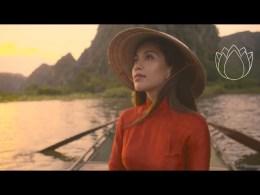 Famous beauty youtuber Michelle Phan tour to VietNam