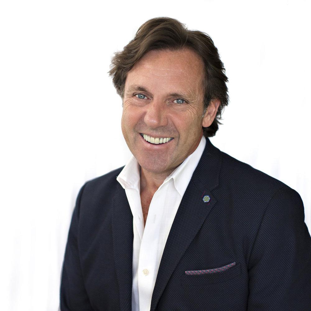 Ian Prosser: Internationally Acclaimed Floral Designer ...