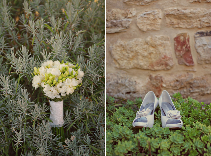 bridal bouquet and heels. ZA Gallery. www.theweddingnotebook.com