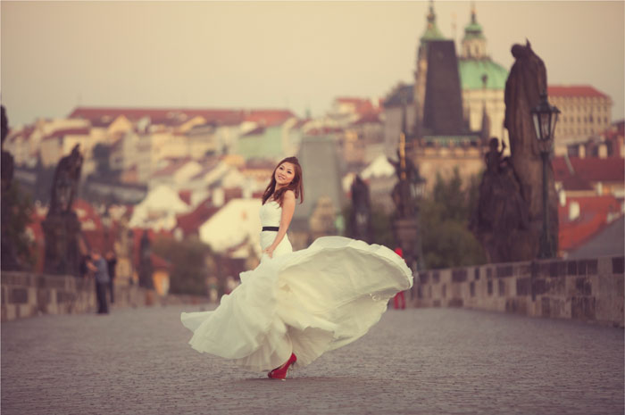 Adam Ong Photography. Prague pre-wedding photo shoot