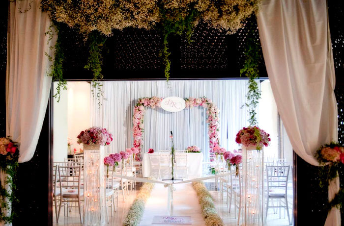 Flowers and decor by Wishing Tree
