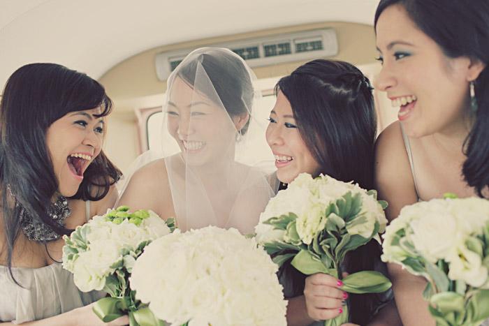 www.theweddingnotebook.com. Photography by One Eye Click. Green vintage wedding