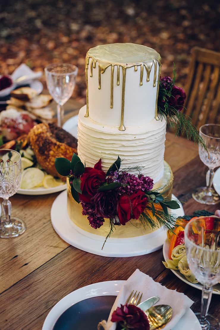 Modern Rustic Wedding Inspiration with a Feasting Style