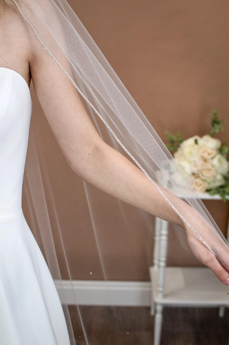 Alexandra - one layer chapel veil with rhinestone edge and diamantes falling stars on bride edge closeup