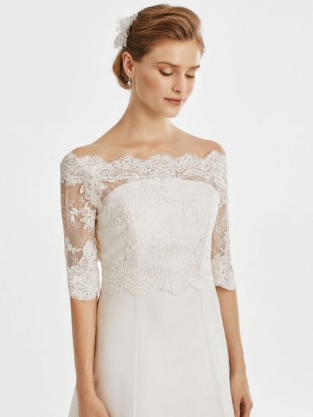 BB221 – elegant scalloped lace bridal jacket with button up back