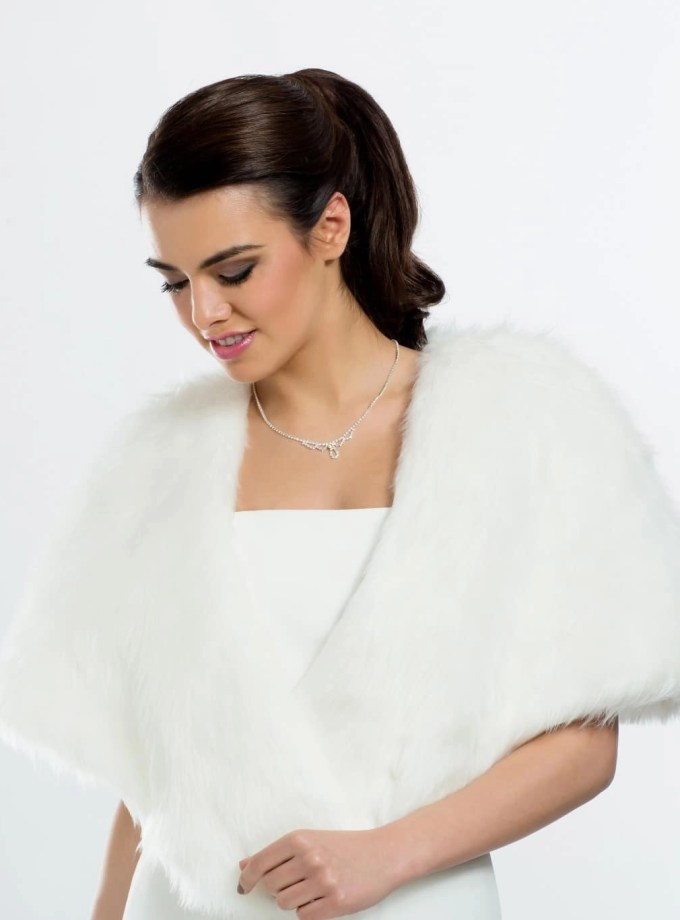 E3 BB3 ivory faux fur bridal shoulder cape shrug wrap cover up