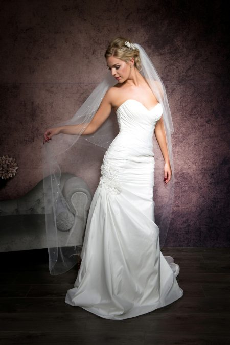 Hannah – two layer floor length veil with a simple edge & diamante border