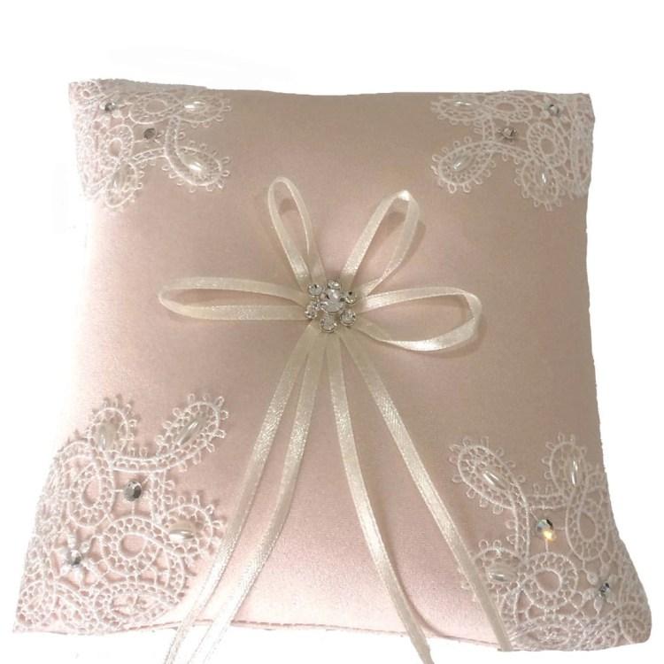 LR032 ring cushion