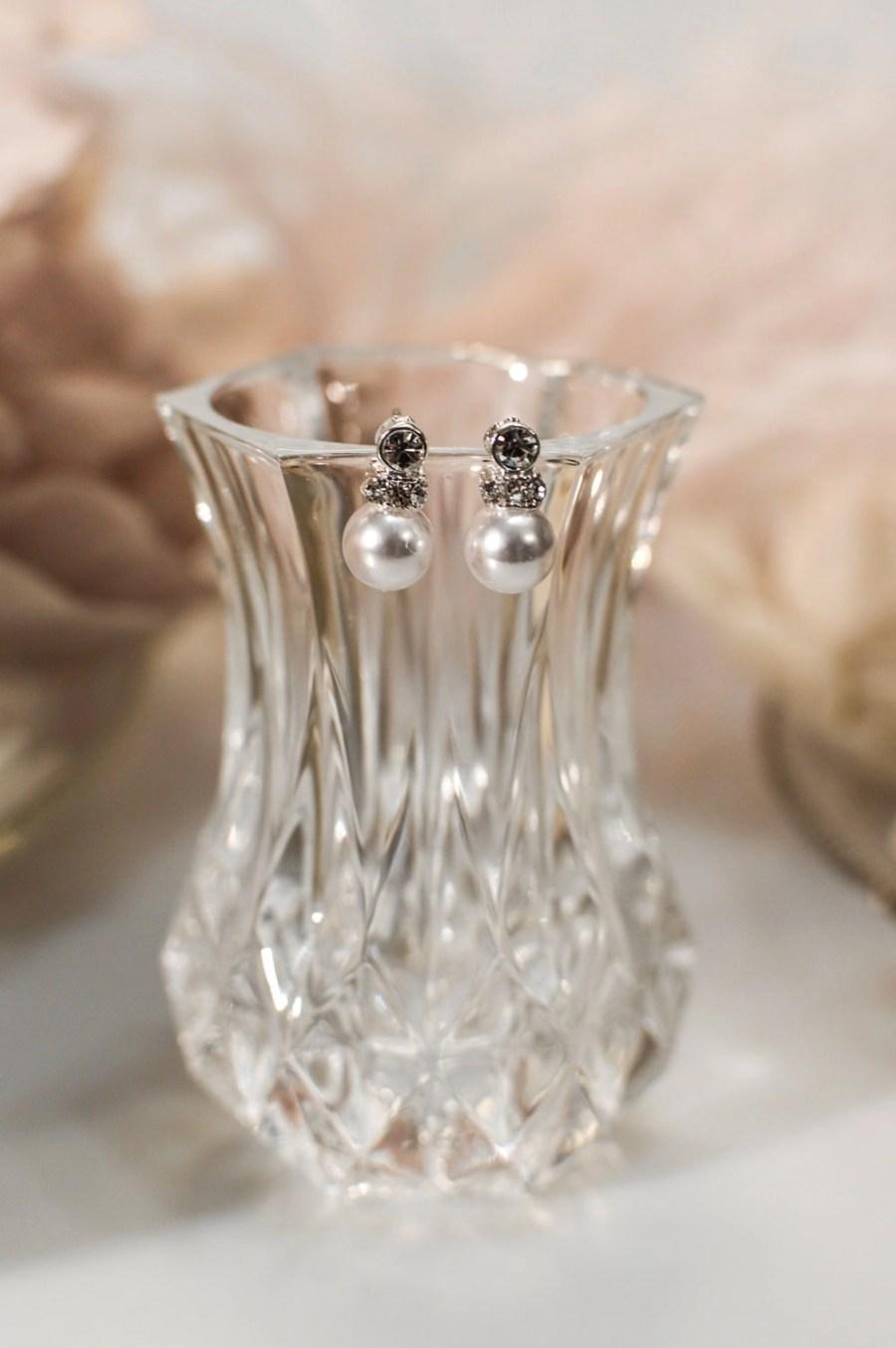tls1536 earrings on glass closeup resized