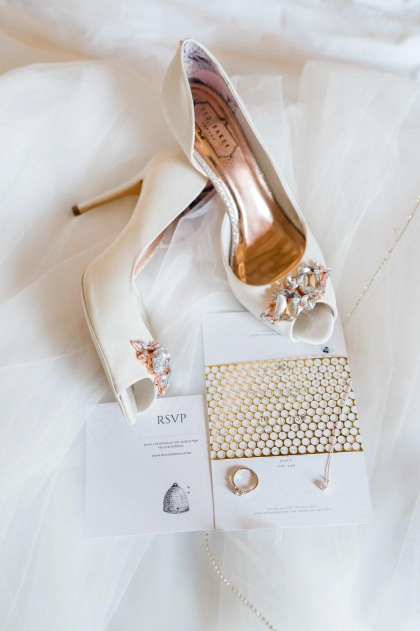 Great-Lodge-Wedding-Gemma-Giorgio-Photography-Natalia-veil-Ben-and-Roh-5