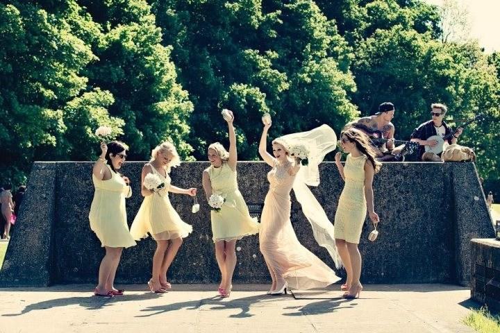 Real bride Rachel dancing with her bridesmaids