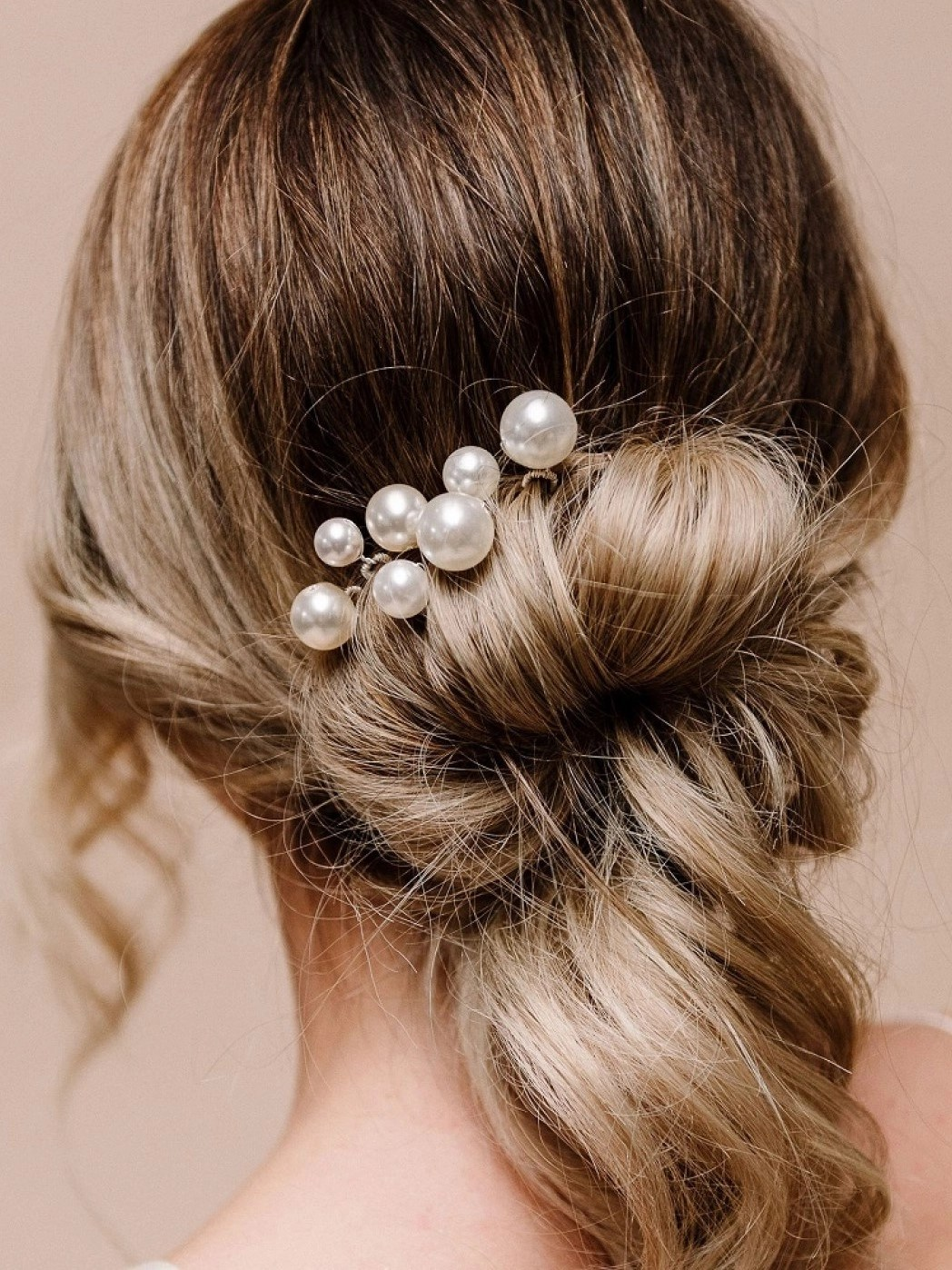 arianna purity set of 7 pearl wedding hair pins arp617