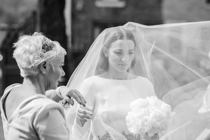 Siobhán wears a cut edge chapel drop veil with 40in blusher 1 -photographer to credit Jessica Raphael Photography