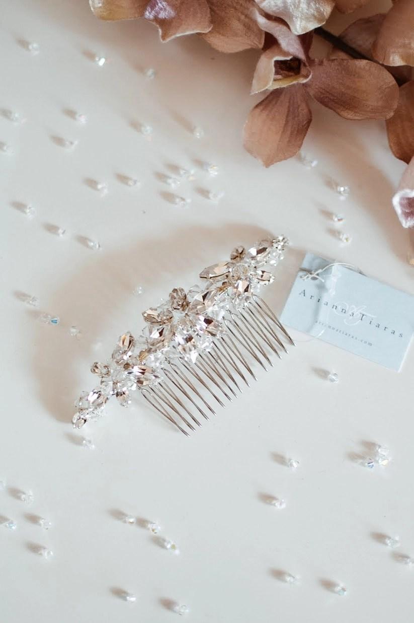 AR430 silver diamante bridal hair comb