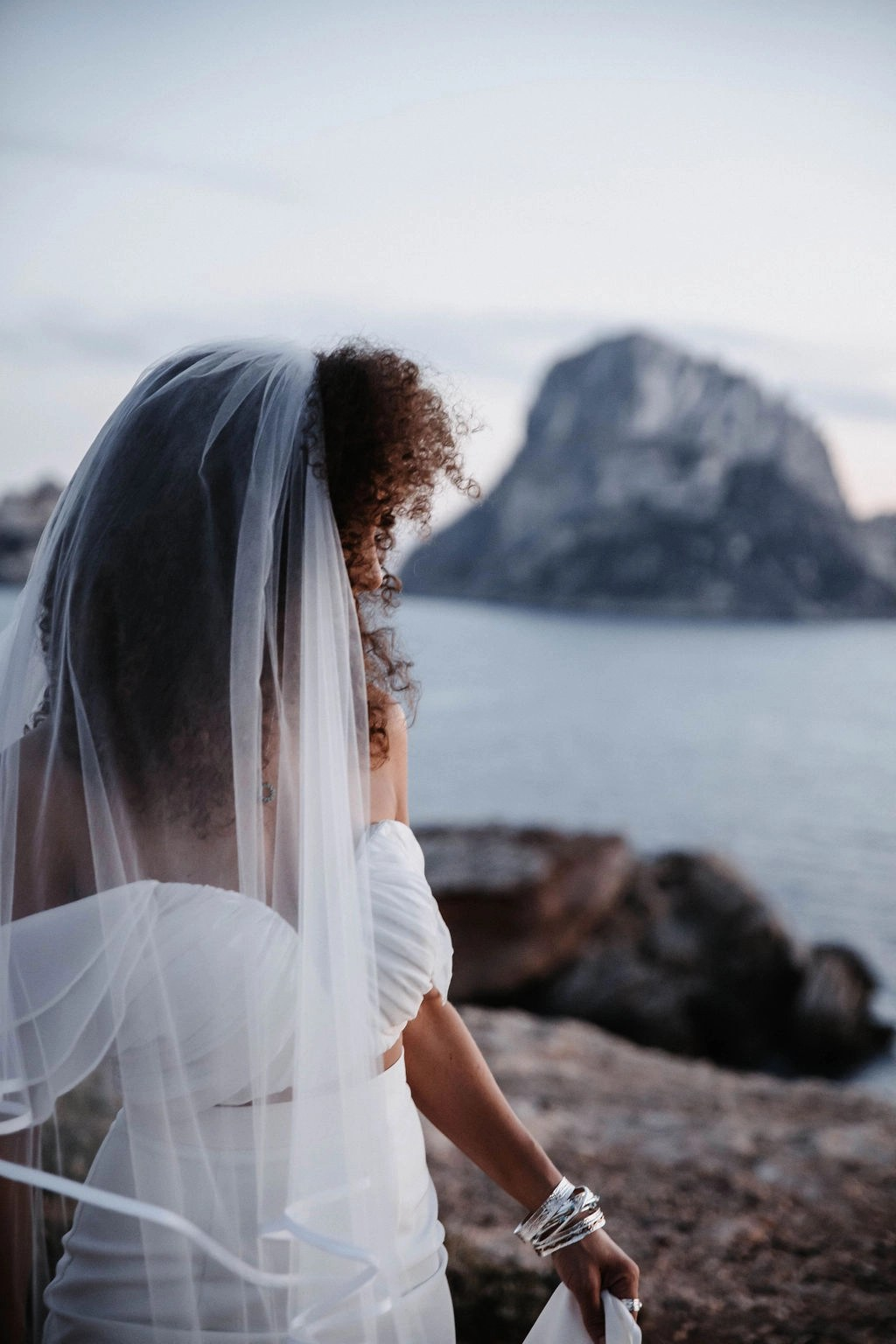 Ibiza at Sunset Black bride with hair down with veil long chapel satin edge (27)