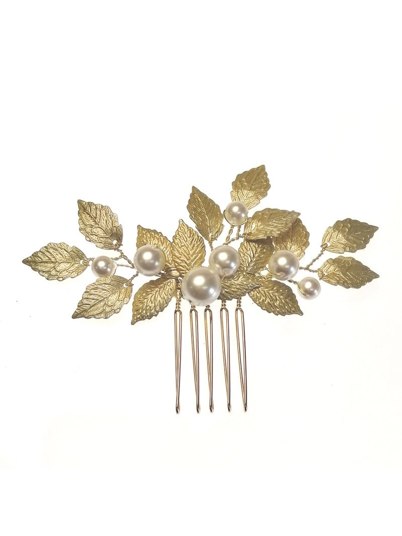 ar627 aurelia hair comb on white background