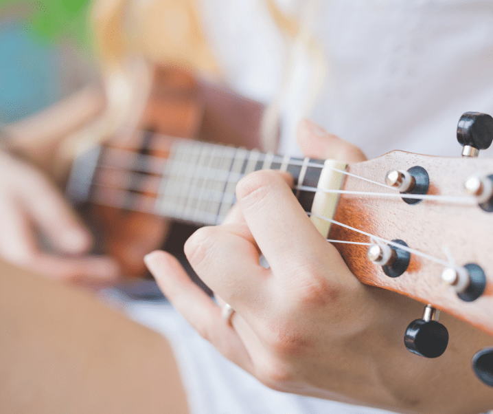 World Ukulele Day – Wedding Songs in Ukulele Renditions