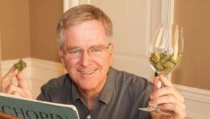 TV travel guide Rick Steves pushes for legal marijuana; some Ill. lawmakers push back