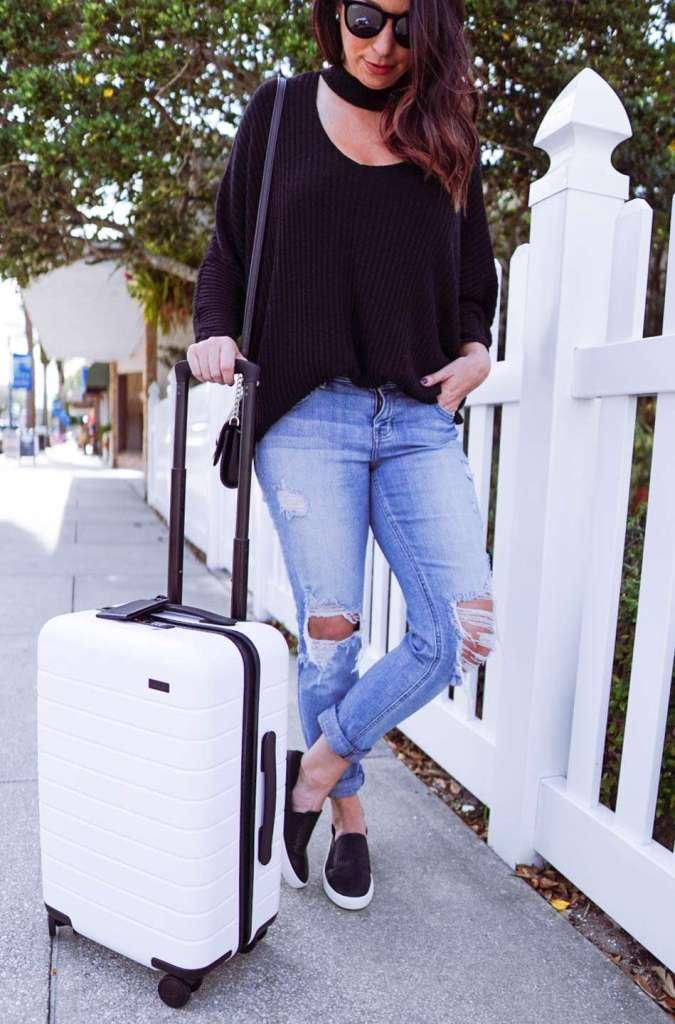Away Carry-On, Away Travel, Away Promo Code, Best Carry On, White Carry On, Weekend Getaway, Best Suitcase #AwayTravel #travelblog