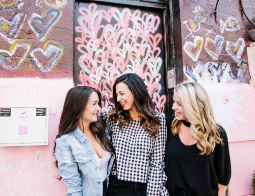Flytographer, Pietro Nolita, NYC graffiti, girls getaway, girls weekend, girls weekend ideas, girls trip, girls trip ideas, girls in the city, New York City, NYC, weekend in NYC, girls trip to NYC, where to brunch in NYC, New York City brunch, weekend highlights, #NYCtips #NYCrestaurants #travelblog