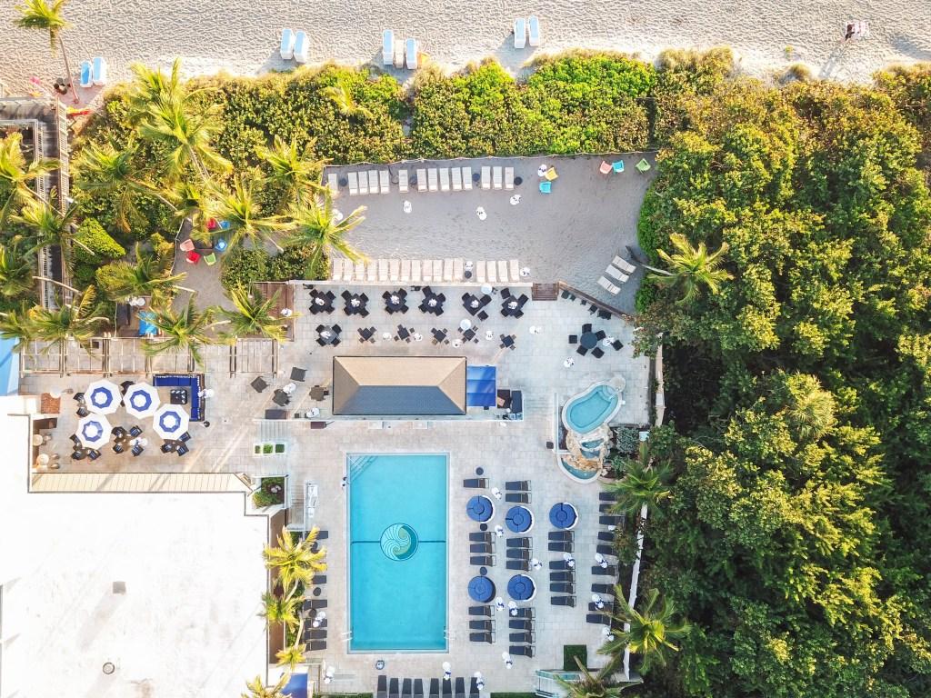 Jupiter Beach Resort & Spa Pool