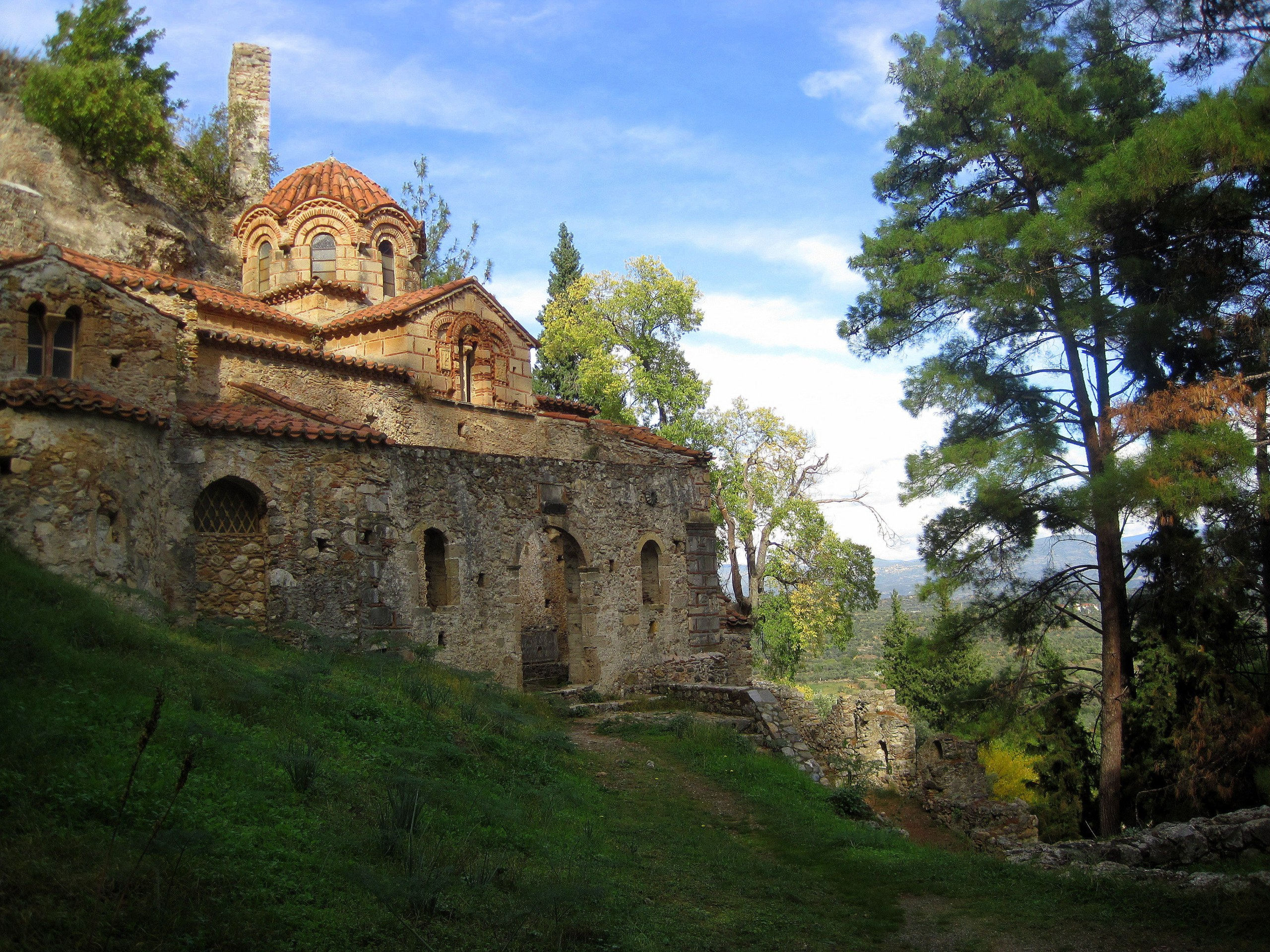 One of the most stunning archaeological sites in Greece, Mystras is a beautiful fortified city on a hillside in the Peloponnese.