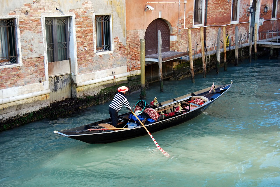 10 Places to Visit in Europe This Spring :: nice places to visit in Europe in April and May :: Venice, Italy