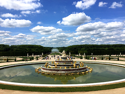 versailles fountain - bicycling at Versailles