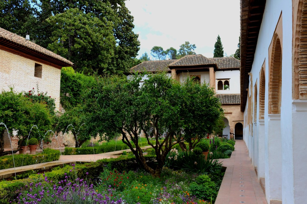 5 Great Granada Gardens - The city of Granada is famous for the Alhambra, but did you know there are many leafy green oases that should also be on your must-visit list? Here are five of our favorite parks and gardens in Granada.