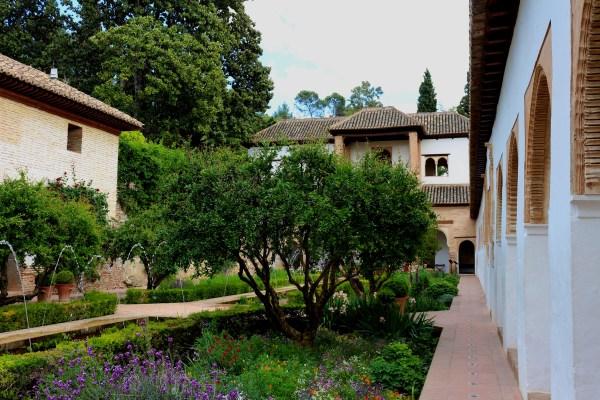 5 Great Granada Gardens