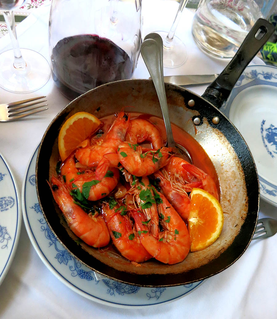 Eat traditional seafood dishes in Porto Portugal