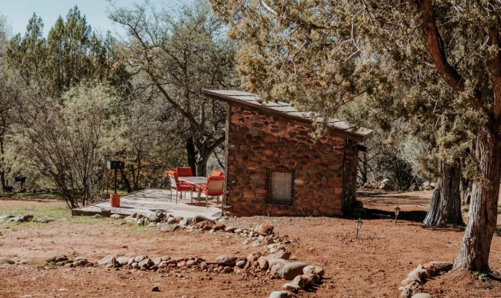 Best Places to Stay in Sedona - River Stone Cabin