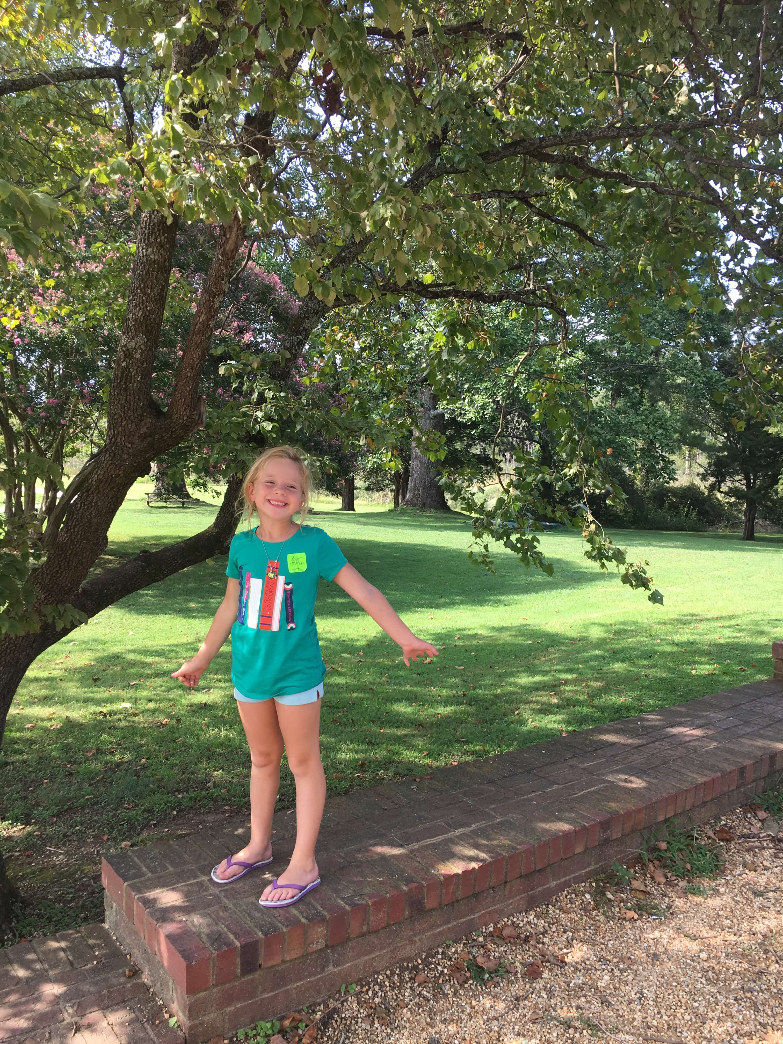 historic jamestown beauty with kids
