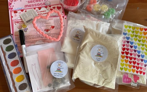 Conversation Hearts Pop Tarts kit from I am a Chef Too