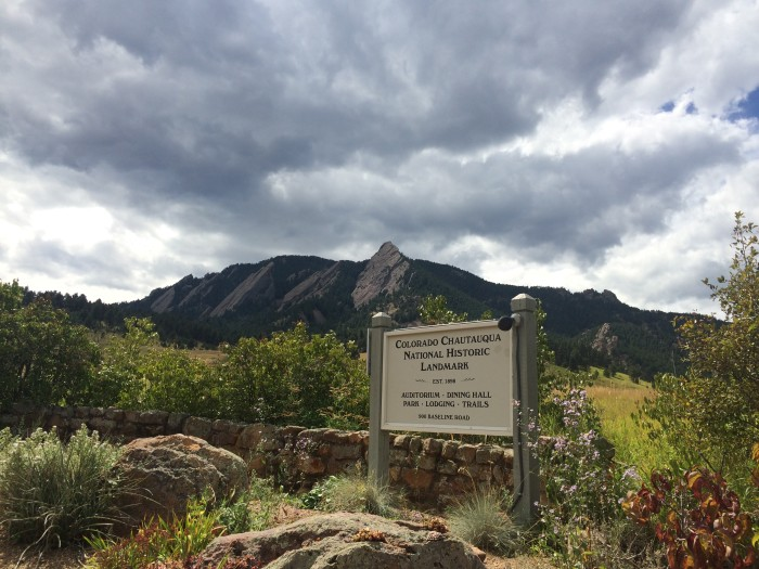 Chautauqua Park in Boulder. Colorado offers hiking trails and a view of the Flatirons // TheWeekendJetsetter.com