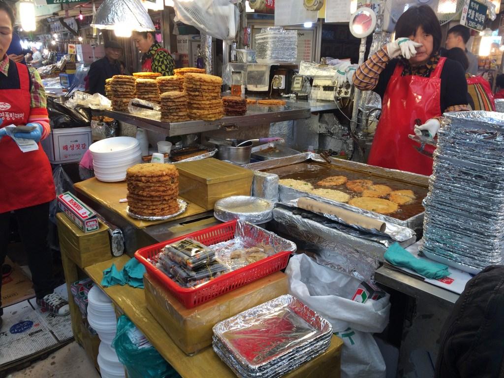 Gwangjang Market | Layover in Seoul, South Korea | TheWeekendJetsetter.com